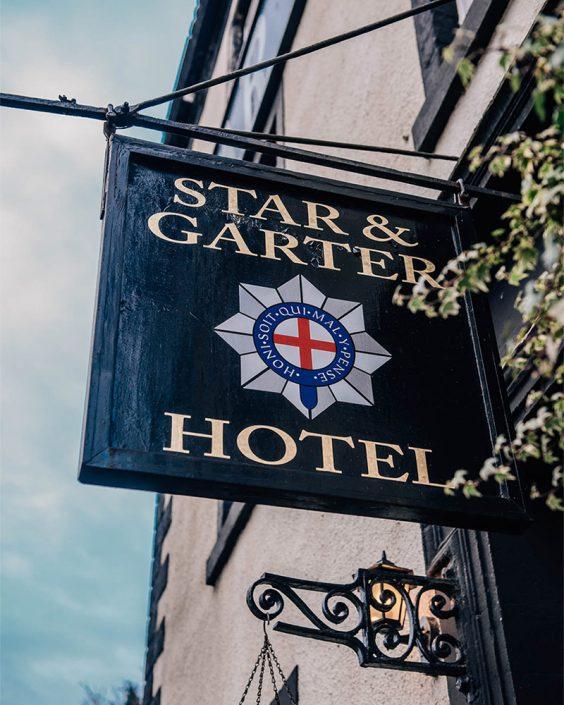 Star-and-Garter-Sign-2-564x705 Wedding Offers