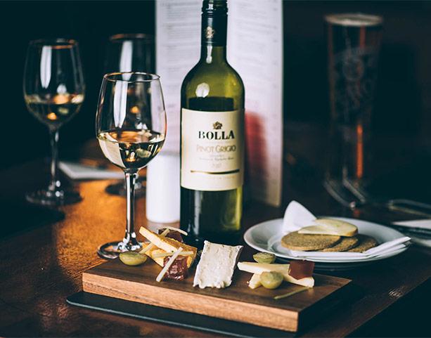 Star-and-Garter-Cheese-Wine Gift Vouchers